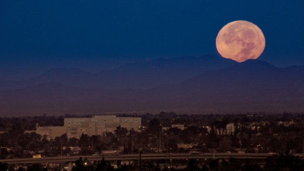 Moon set over the LA mountains during the Nov. 2016 super moon.