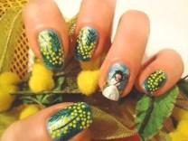 nail-art-con-mimosa-per-la-festa-della-donna