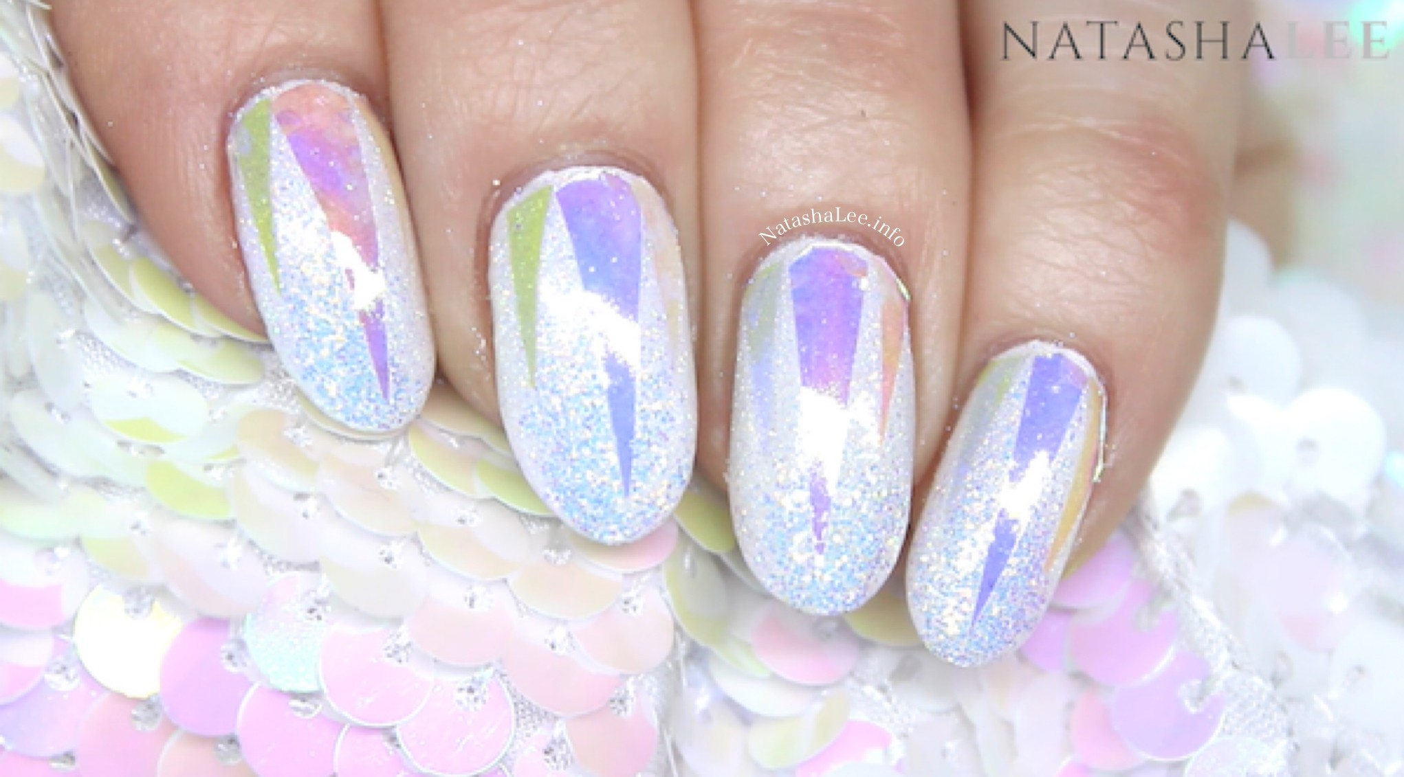 HOLO GLASS UNICORN NAIL ART WITH IRIDESCENT GLITTER