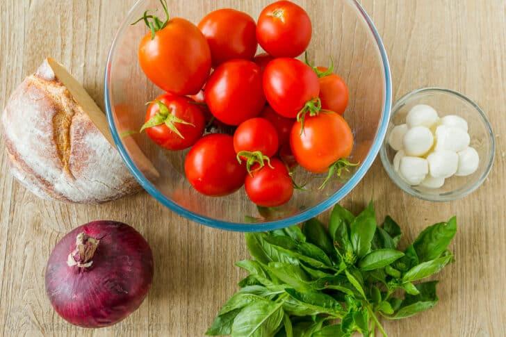 Ingredients for Panzanella Salad