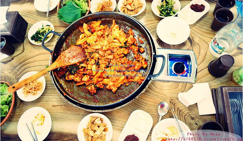 【旅遊✈KOREA】2015櫻在首爾*金裕貞站‧金屏山辣炒春雞。運動完,來吃一盤辣炒春雞吧!不吃會後悔~