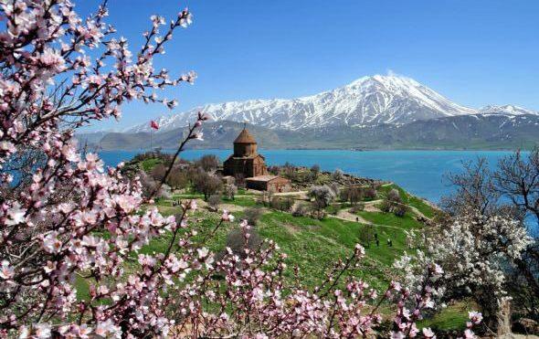 lake-van-kurdistan