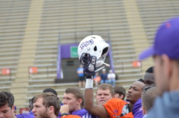 NSU player holding helmet