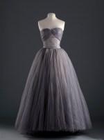 2_dior_1953_54_boutique__300__965797339_north_545x
