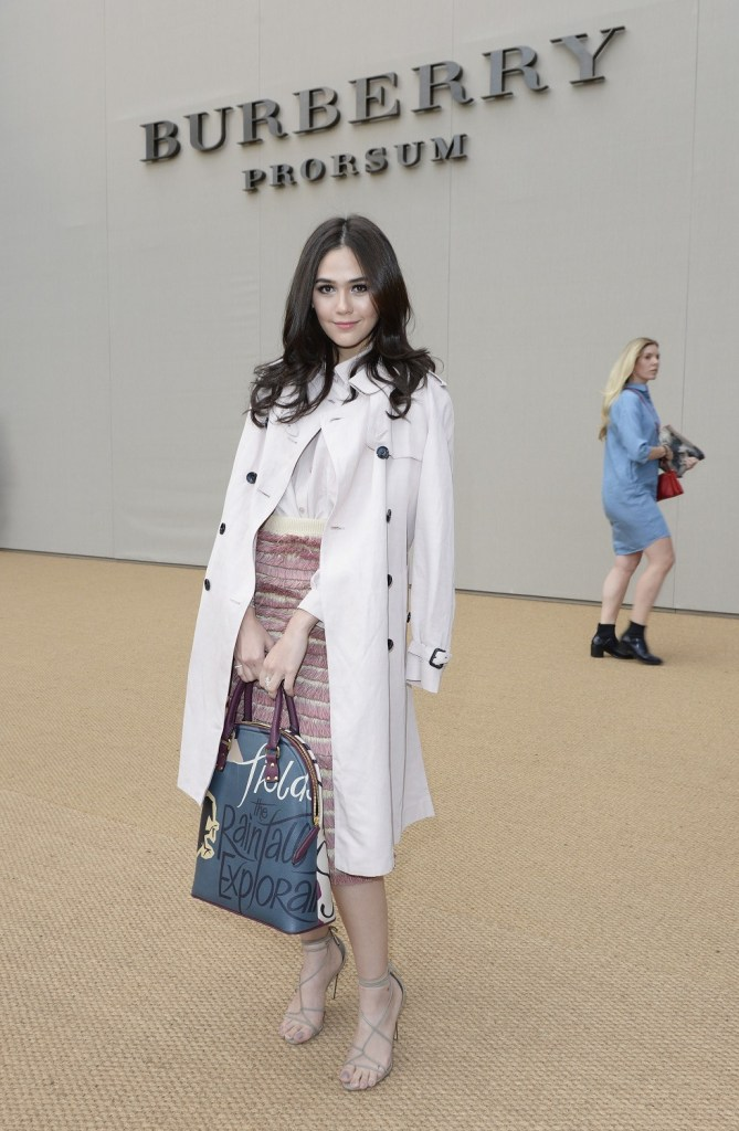 Araya A Hargate at the Burberry Prorsum Spring/Summer 2015 Show
