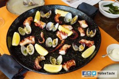 Paellas : black ink, octopus and clams 1,200 (2 คน) 2,300 (4 คน)3,240 (6 คน)