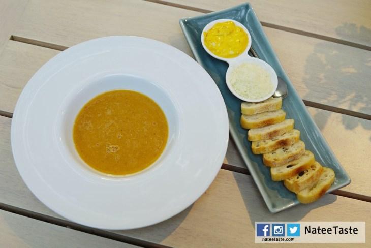 """Marseille Fish Soup (Croutons Saffron """"Rouille"""") 550THB"""