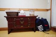 ตู้แบบเกาหลีเก่าๆ มีอุปกรณ์ต่างๆ ให้ใช้ครบ