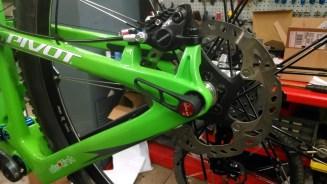 Rear thru-axle, courtesy of DT-Swiss. Shimano XT brakes & rotors. So good.