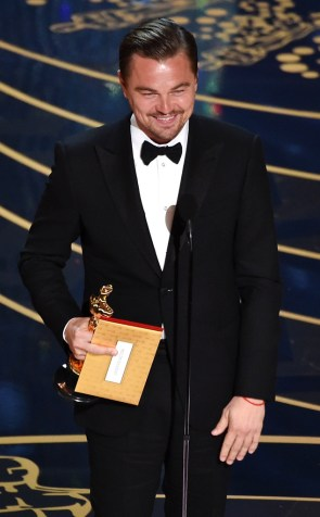 rs_634x1024-160228210240-634-leonardo-dicaprio-academy-awards-oscars-winner