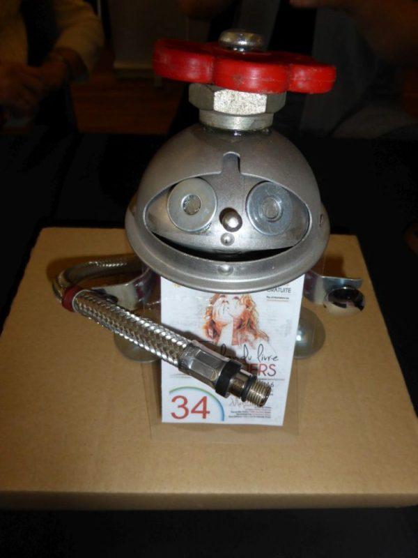 stand attractif - robot Sohie de Winner