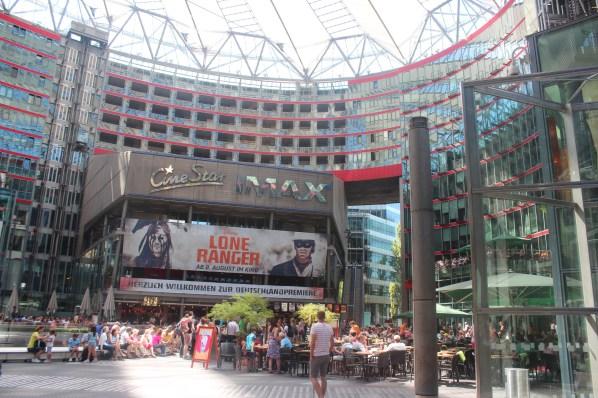 centre commercial ultramoderne à Potsdamplatz