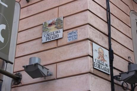 les plaques de rues sont toujours aussi superbes