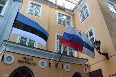 toute l'ambiguïté de l'Estonie, coincée entre la Finlande et la Russie