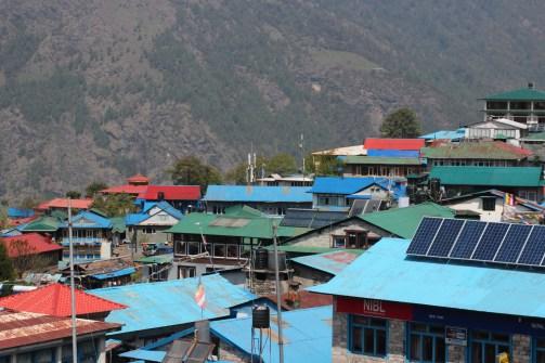 Les toits de Lukla