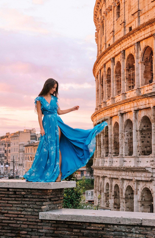 Colosseo at sunrise