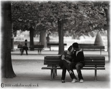 Lovers behind Notredame