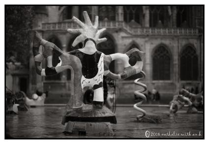 Beaubourg fountain