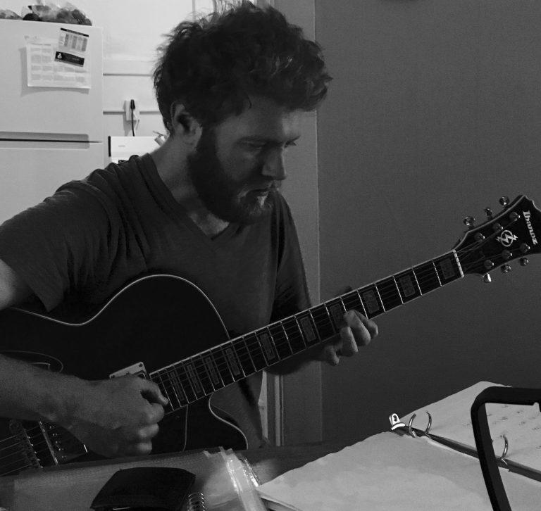 Three Simple Effective Guitar Practice Tips