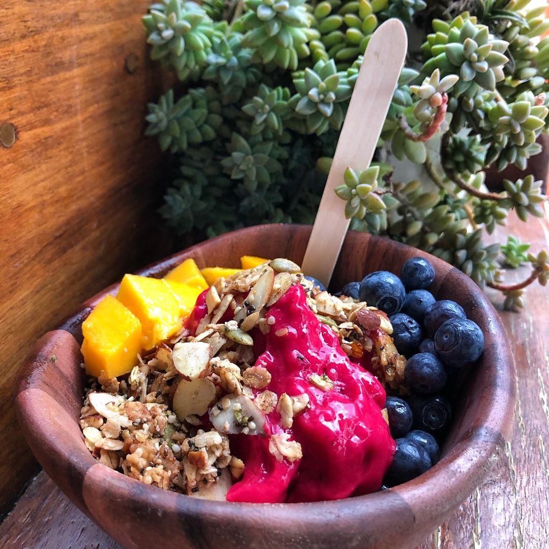 Places to Eat, Beach Day, The Juice Box, Rincón, Puerto Rico, Acai Bowl