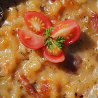 Gratin de pâtes aux courgettes et au jambon cru