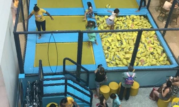 Super Parque de Camas Elásticas do Emoji chega ao Shopping Tijuca
