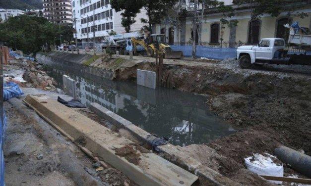 Trecho do Rio Maracanã que cedeu em fevereiro só deve ficar pronto em setembro