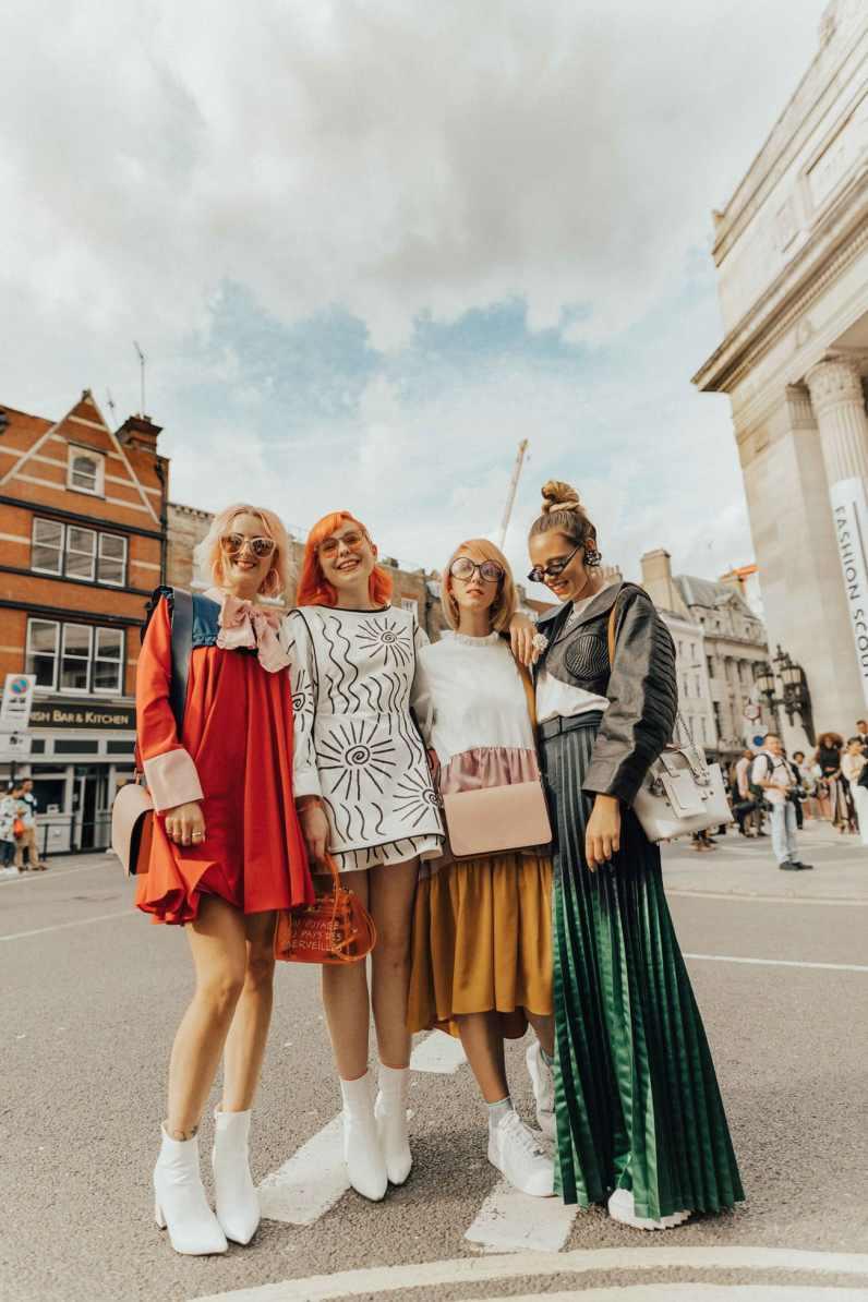 london-fashion-week-street-style-bloggers-5