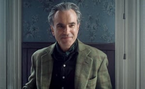 Daniel Day-Lewis as Reynolds Woodcock in Phantom Thread.