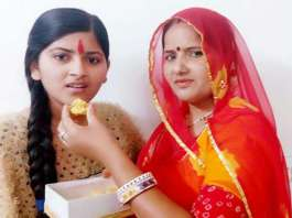 sheela jat rbse 10th toper with her mother bimala