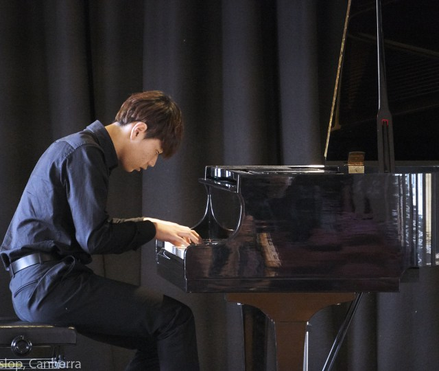 National Eisteddfod 2017 - Piano. Open Competition.