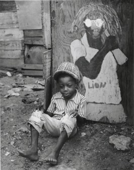 Rosemary Murray - Seated Boy (1975), Collection: NGJ