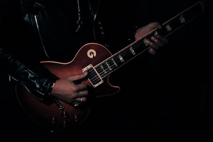 Florian baldus (florianbaldus@gmx.de) thats the main guitar part. Sweet Home Alabama Chords Bonus Tips For Playing This Classic Song Page 2 Of 2 National Guitar Academy