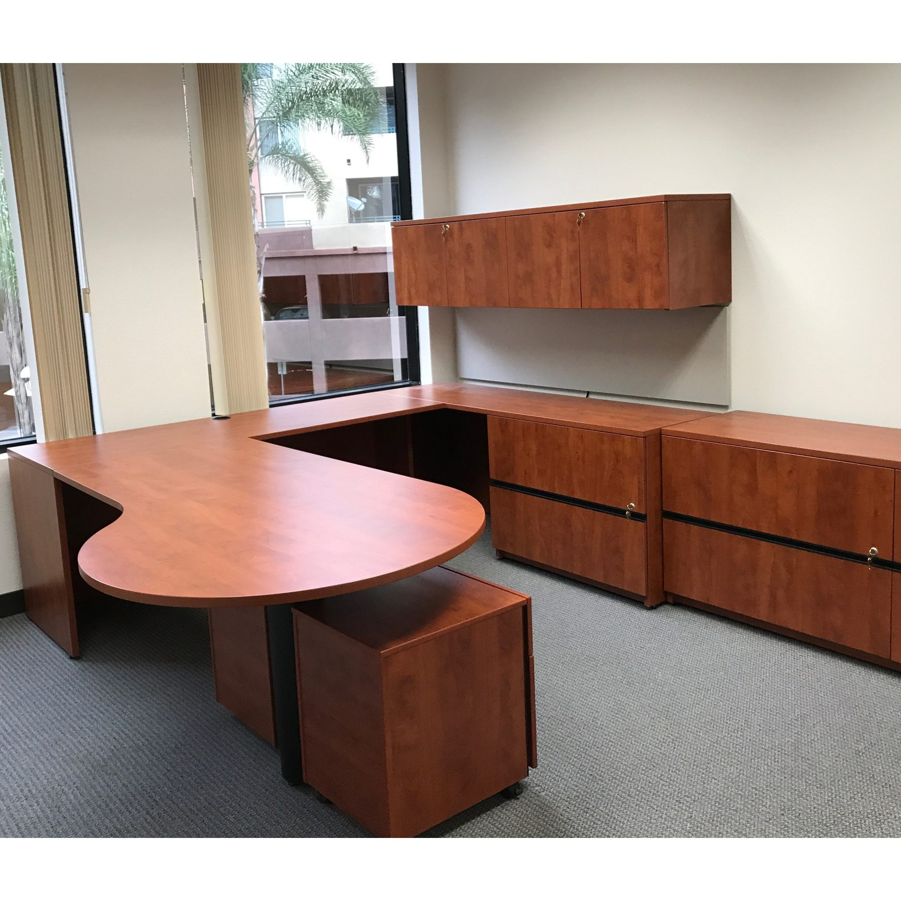 Steelcase Payback Used Right Return P Top Desk, Cherry
