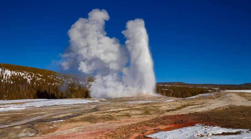 13 Things to Know Before Visiting Yellowstone National Park