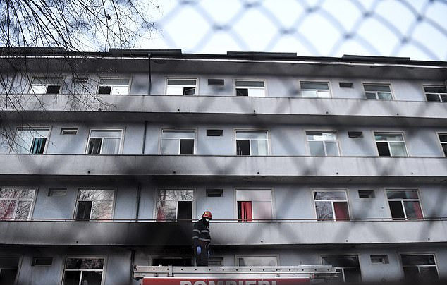 Five Covid-19 patients are killed in hospital blaze in Romania