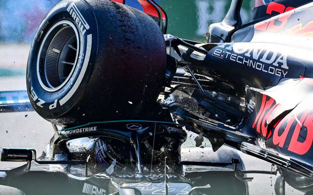 Helmut Marko has accused Lewis Hamilton of faking injuries he sustained