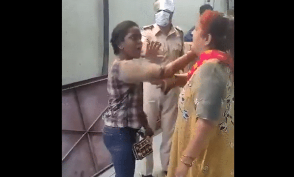india-girl-faces-mob-anger-for-requesting-lowering-down-mosque-loudspeaker-voice