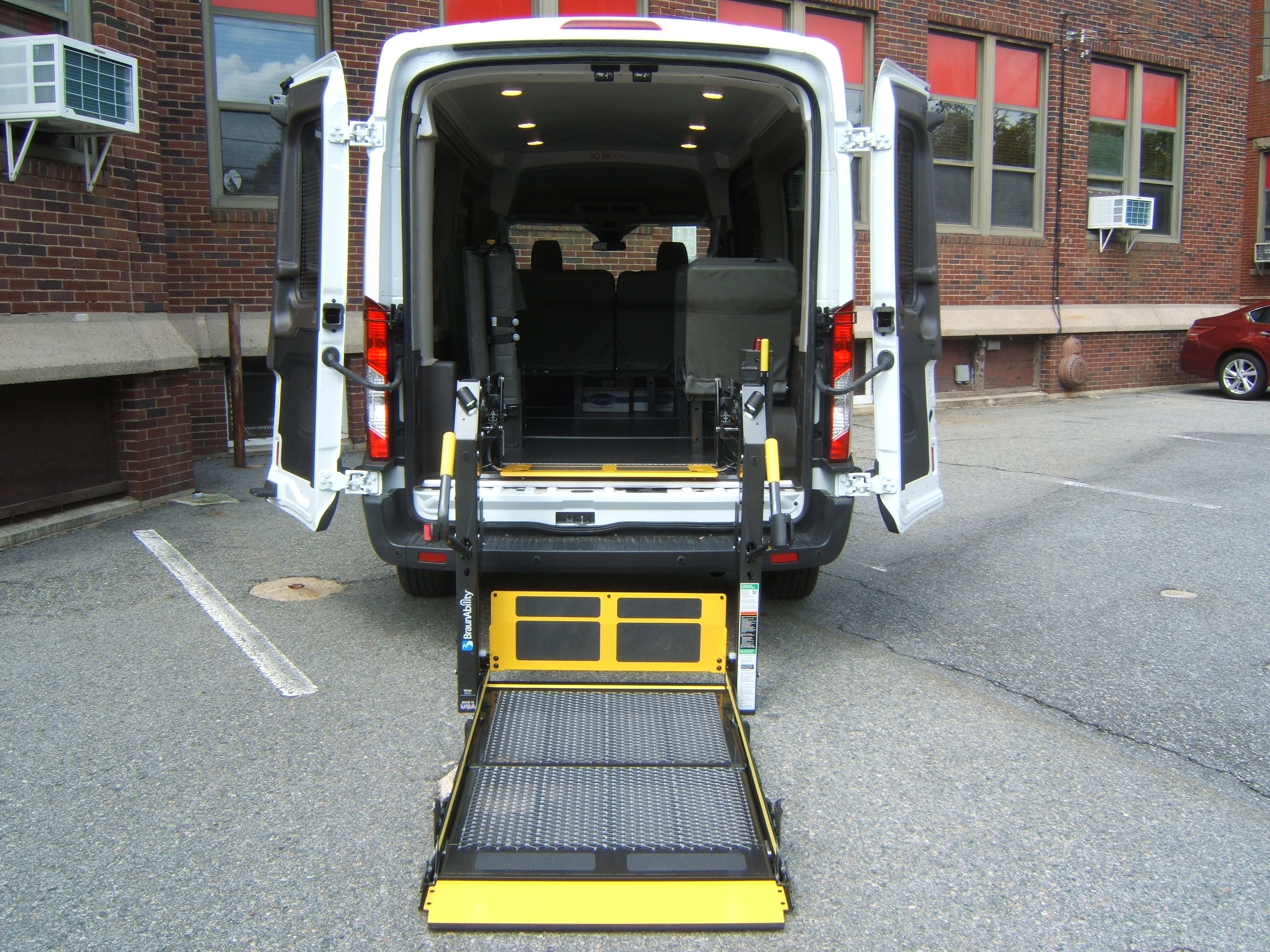 Wheel Chair Lift Wheelchair Vans National Van Builders Attleboro Ma