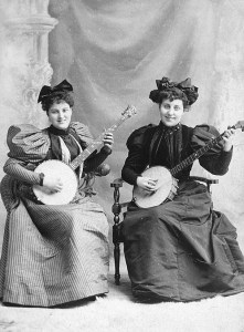 lady banjo players c 1900