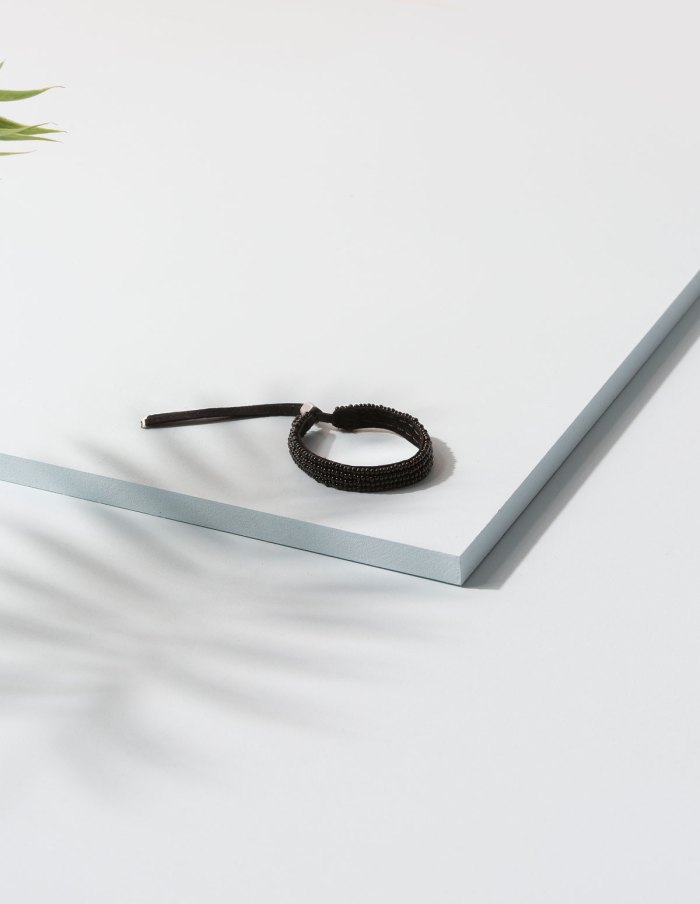 adjustable-leather-bracelet-blk-nativeinteriors.com