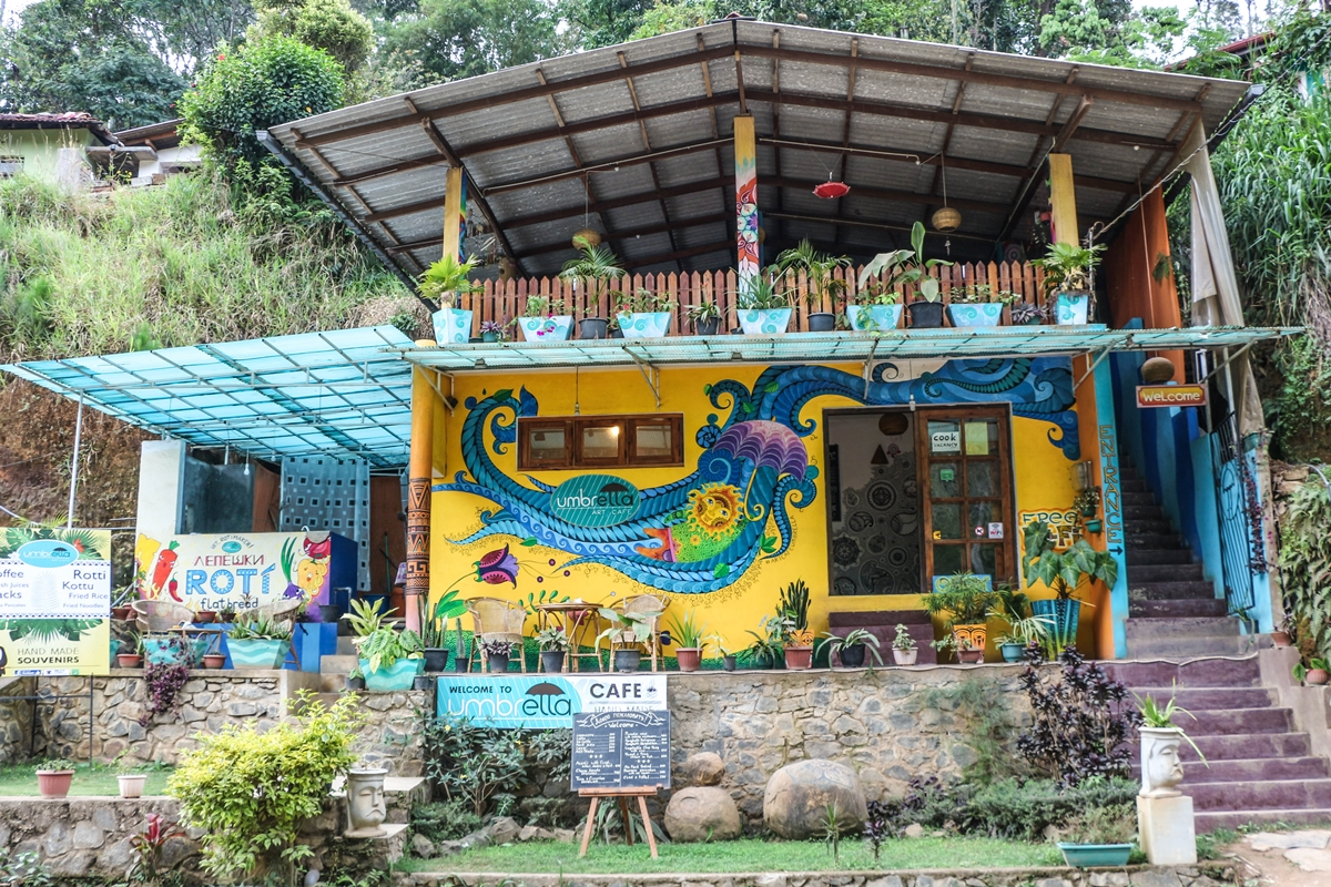Umbrella Art Cafe on the way to Little Adam's Peak in Ella