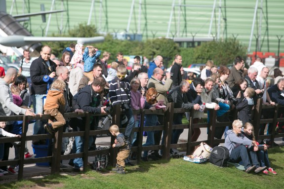 Crowds at the Runway Visitor Park