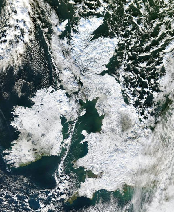 Satellite image from the NERC Dundee Satellite Receiving Station, Dundee University.