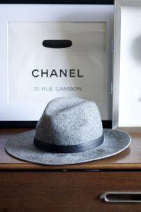 Grey wool wide brimmed hat