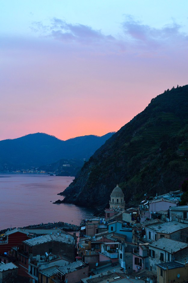 Vernazza at sunset, Cinque Terre // Nattie on the Road