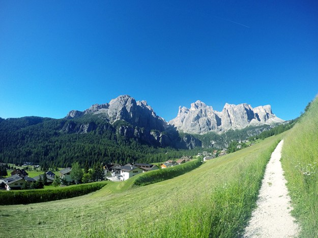 Hike, bike, and climb in the Dolomites // Nattie on the Road