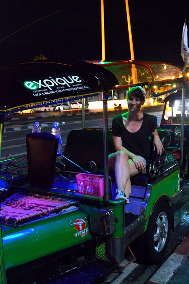 Take a Tuk Tuk Tour of Bangkok // Nattie on the Road