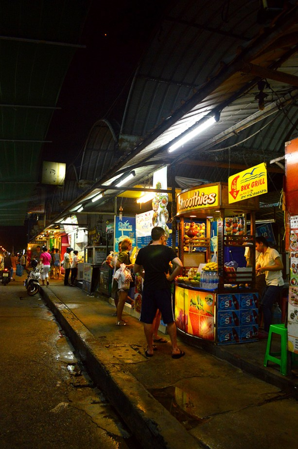 Bangkok Night Market // Nattie on the Road
