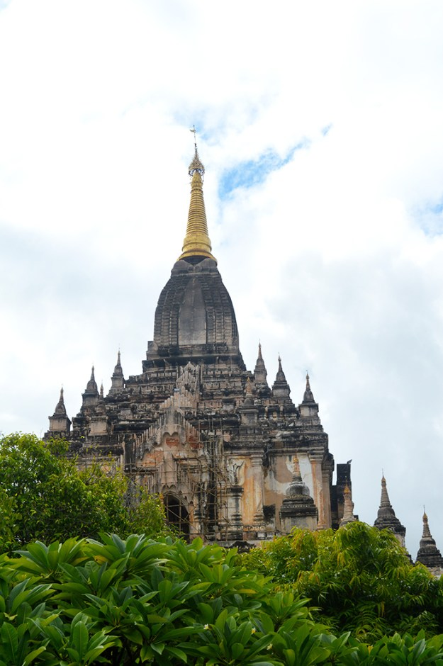 Explore the temples of Bagan Myanmar